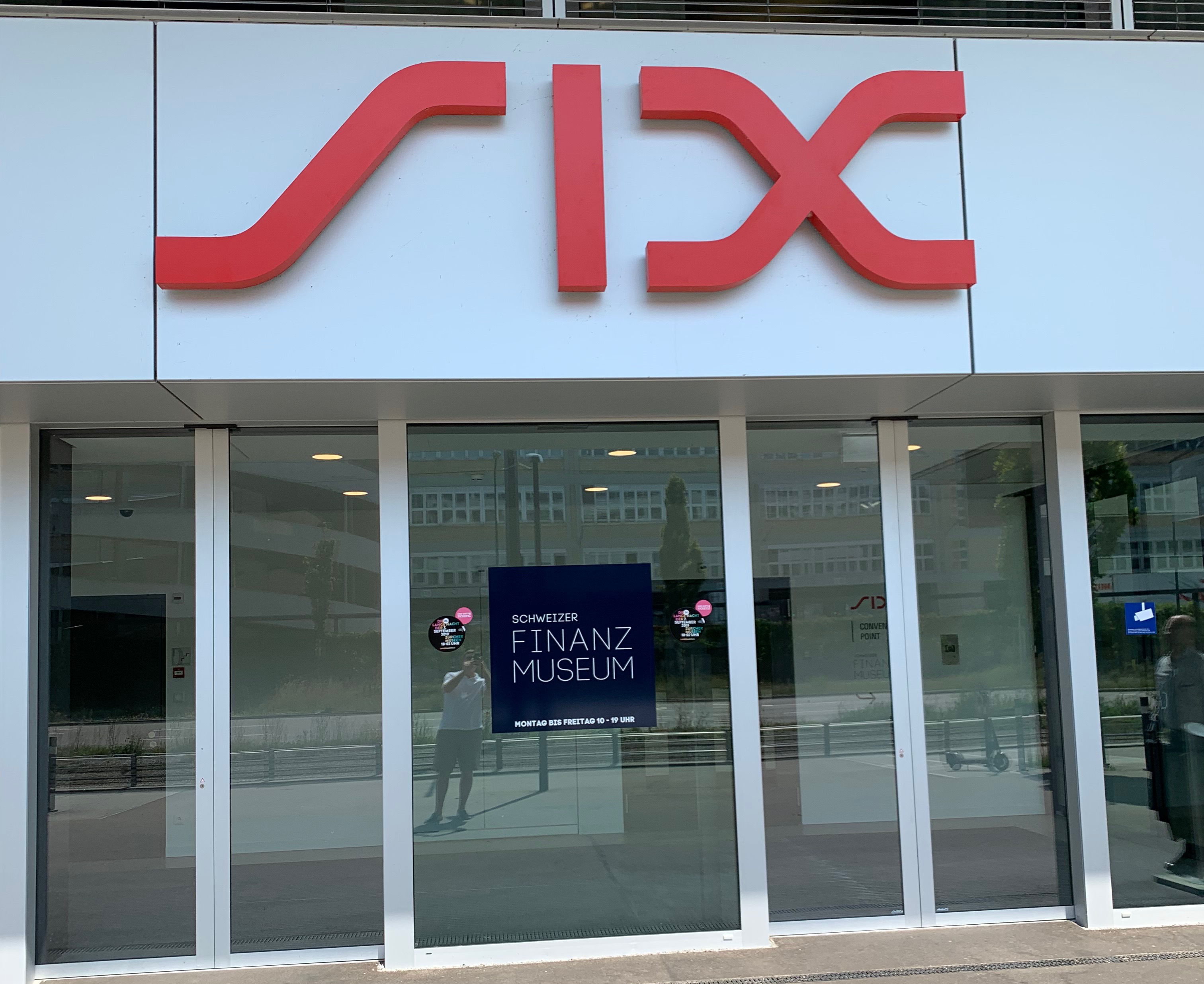 Financial Travel: Zurich, Swiss Exchange (SIX)